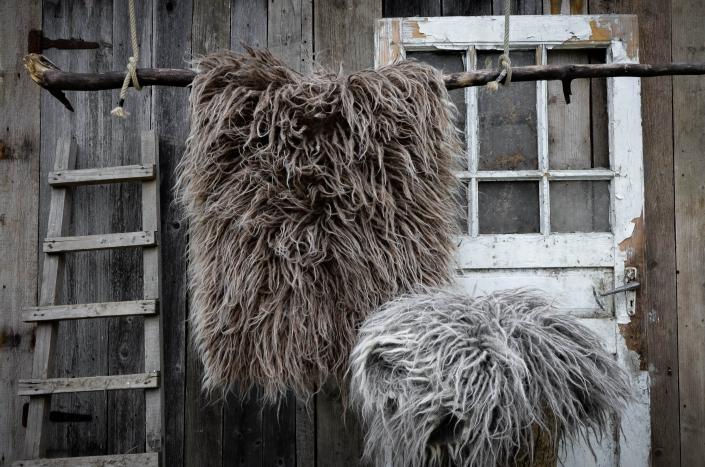 Long Wool - brown   gray   WOL