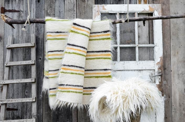 Short Wool   striped - white/ocher   Long wool - white   WOL