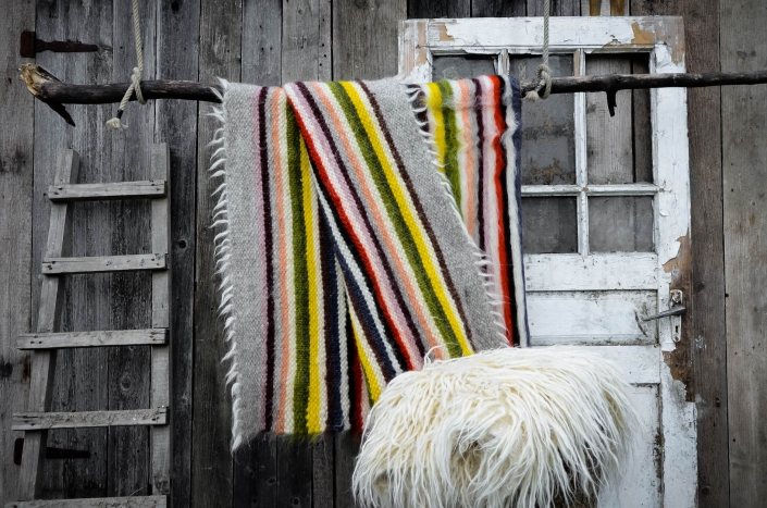 Short Wool   striped   - full color   Long wool - white   WOL