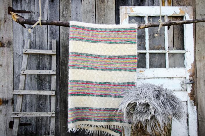 Short Wool   striped Long wool -grey   WOL
