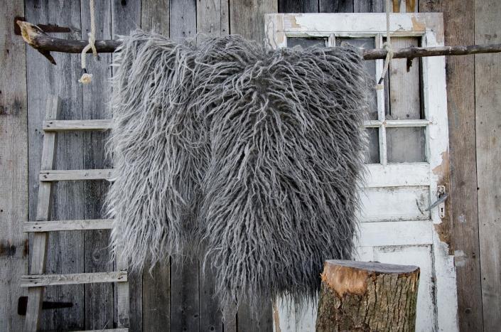 Long Wool - light gray   dark gray   WOL