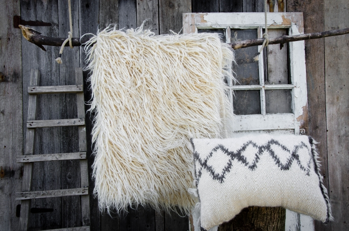 Long Wool - White | Short Wool pillow | WOL
